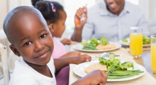 5 Tips To Raising Healthy Eaters